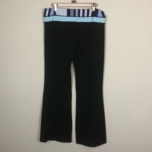 LULULEMON | Athletic Stretch Pants Flare 12 Yoga
